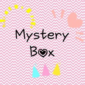 Other - Beauty & Accessories Mystery Box